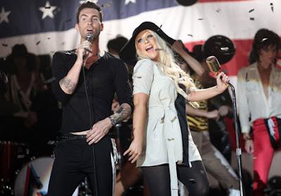 Maroon 5 Featuring Christina Aguilera Photos