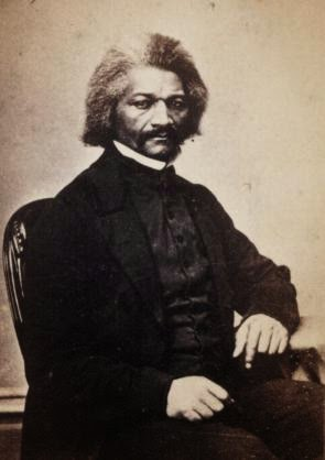 comparison between frederick douglass and huckleberry American literature lessons — nineteenth century how do we distinguish between the accurate detail and the narrative of the life of frederick douglass.
