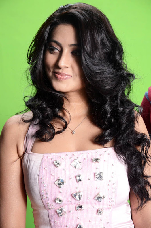 Sneha new hot photos wallpapers