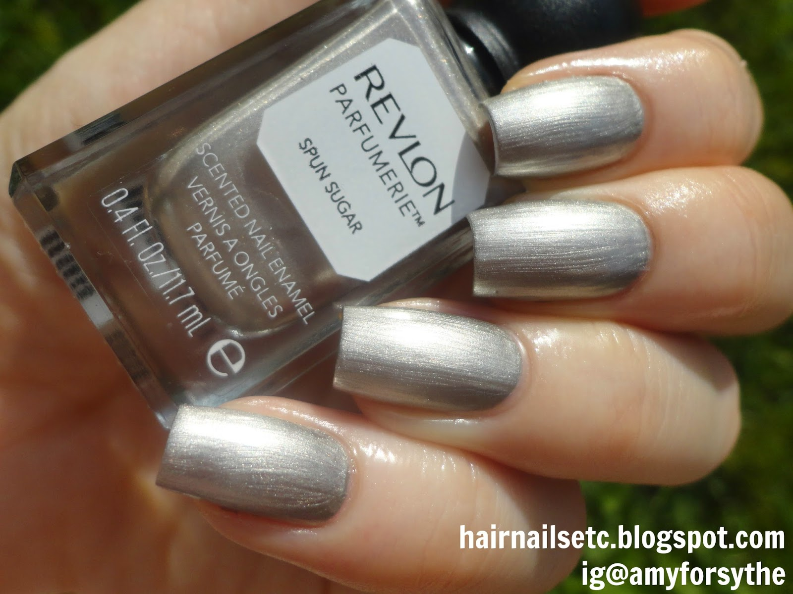 Swatch and review of Revlon Parfumerie Nail Enamel Varnish Polish in Spun Sugar