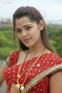 Athadu-Aame-o-Scooter-Heroine-Priyanka-Chabra-Stills