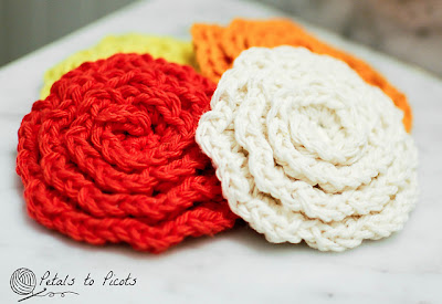 free crochet pattern flower face scrubbies