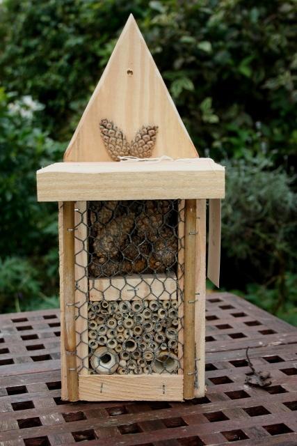 Bohemian Pages Diy Friday Mason Bee House