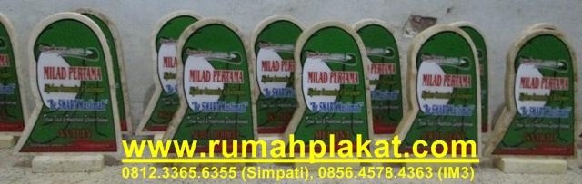 pesan vandel surabaya, tempat buat plakat marmer, vandel marmer murah, 0812.3365.6355, www.rumahplakat.com