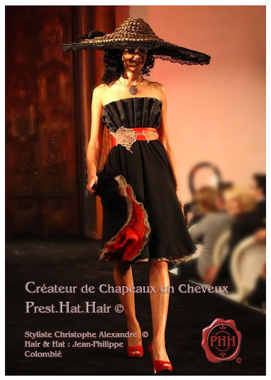 La petite robe noir et son chapeau  en cheveux  qui a inspiré Guerlain   pour son parfum ..