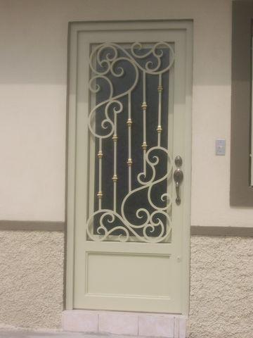 Maquinados y paileria mapaza for Puertas principales exteriores