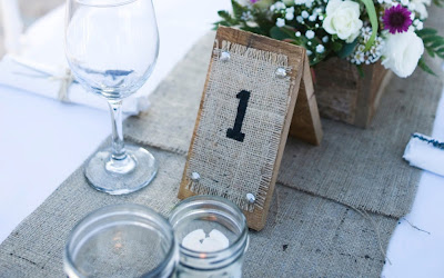 burlap wedding table number, burlap wedding ideas, DIY table numbers