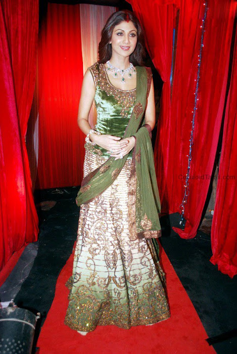 bollywood shilpa shetty in ghagra latest photos