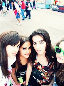 Claudia, Julia, Carlotaa,, :)