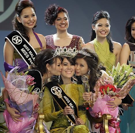 miss world malaysia 2011 winner chloe chen tien nee