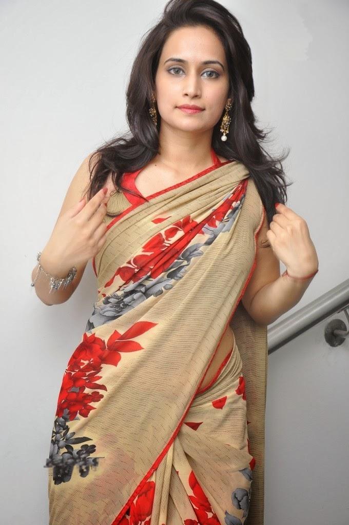 Chinmayi Ghatrazu Spicy Saree Below Navel - indian actress ...