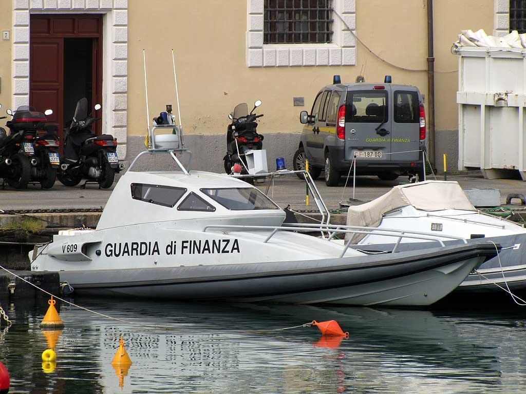 V 609 Falco, fast motor boat, Guardia di Finanza, Livorno
