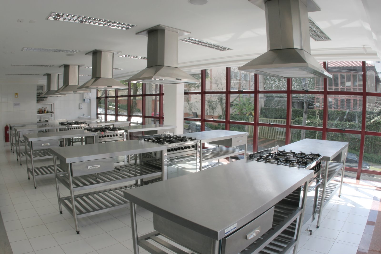 #624040 ACozinhaDeles: COMO DEVE SER ACOZINHADELES?! 1600x1067 px Projeto Para Montar Uma Cozinha Industrial_4963 Imagens