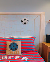DORMITORIO DE FUTBOL FEMENINO - GIRLS SOCCER BEDROOM via www.dormitorios.blogspot.com