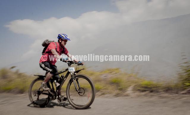 Mountain Terrain Biking, Himachal Pradesh 2011 - Day 3 - Tani Jubber to  Kullu Sarhan : during downhill of Stage-1, Mountain Terrain Biking, Himachal Pradesh - 2011