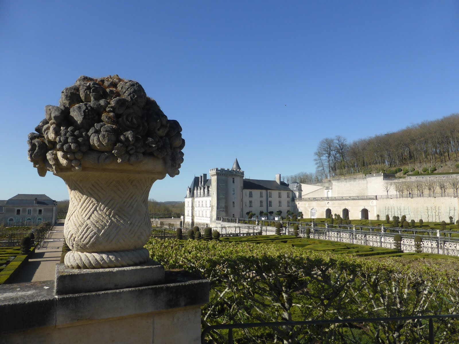 Experience loire loire valley france tourism a visit to for Chateaux in france to stay