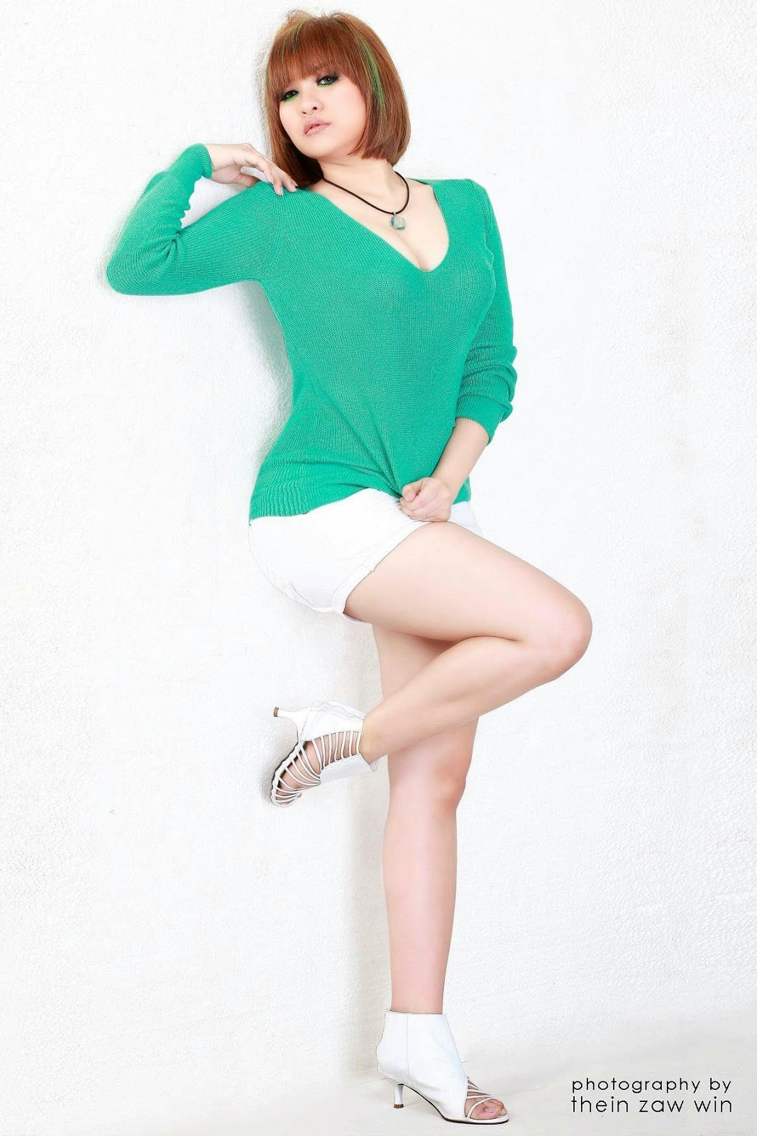 Myanmar Vocal Star, Jenny's Hottie Fashion Photos | Myanmar Singer and
