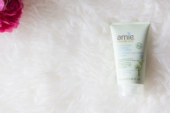 amie skincare radiant dawn exfoliating daily wash review