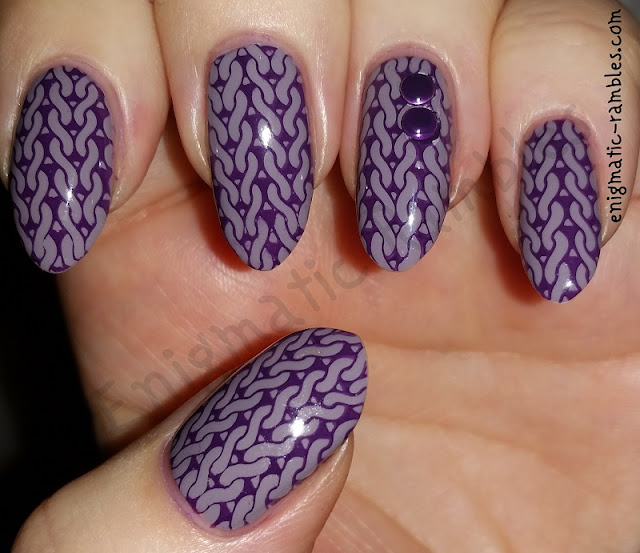 Purple-Knit-Jumper-Sweater-Nails-nail-art-stamped-stamping-m40-messy-mansion