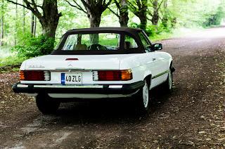 04 Mercedes-Benz 560SL R107 1988