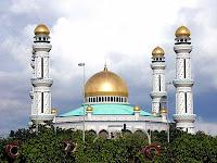 Jame Asr Hassanil Bolkiah mosque brunei
