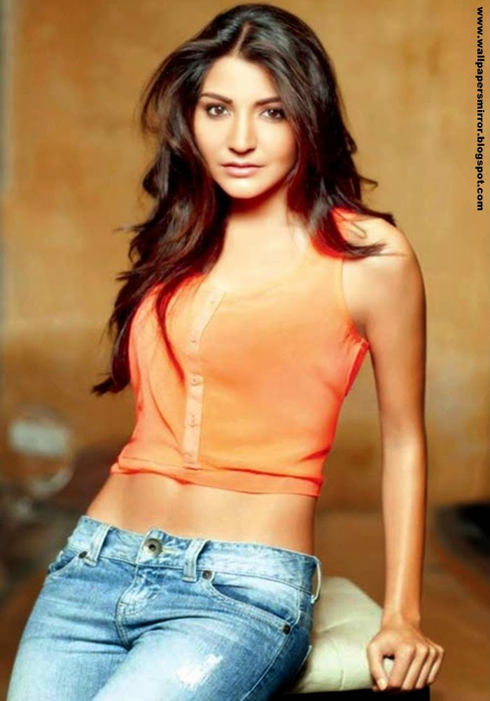 10 Latest Anushka Sharma Hot Photos Sri Krishna