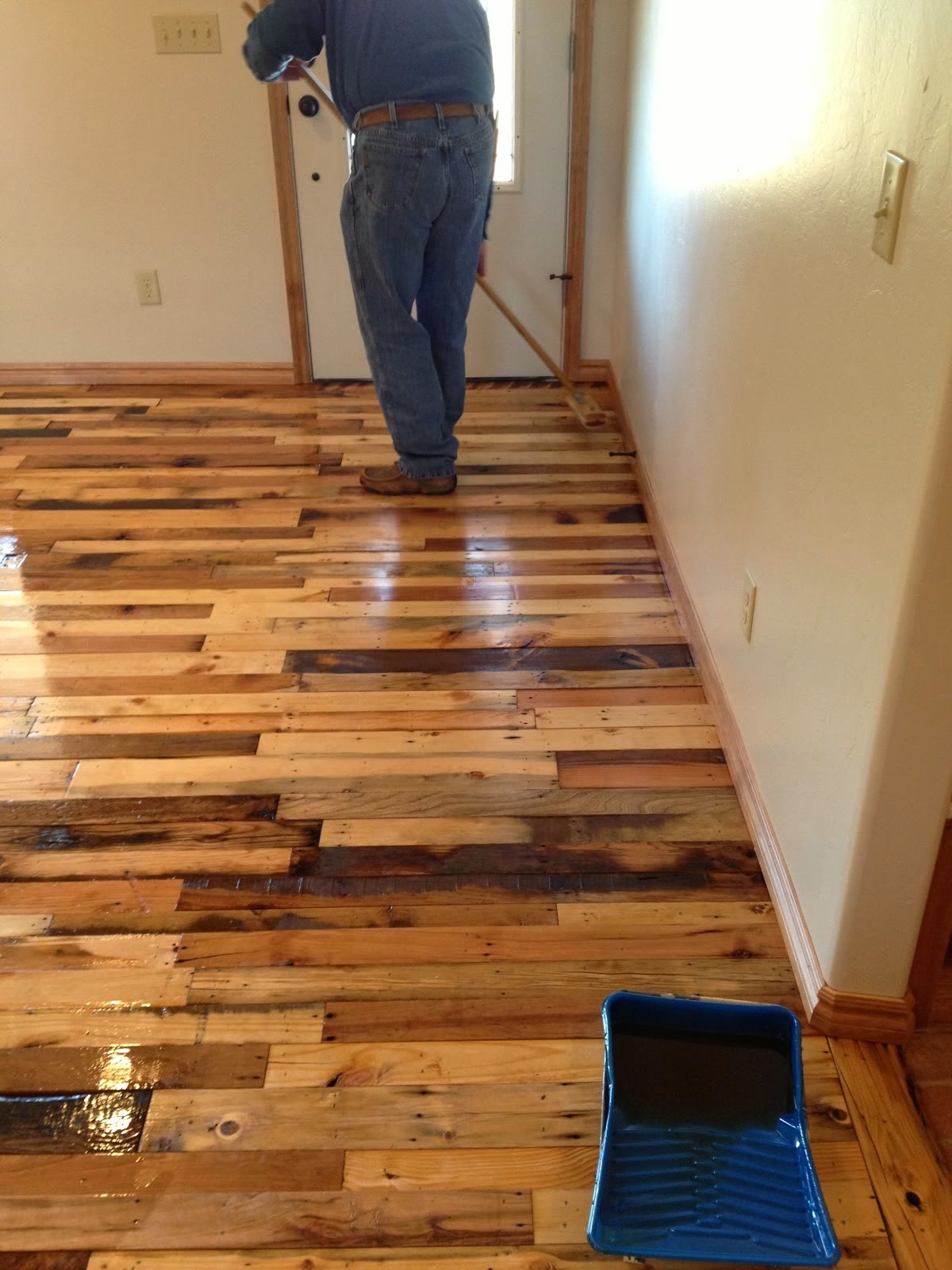 Diy pallet wood flooring diy craft projects for Pallet ideas