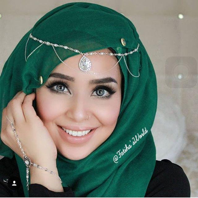 Très Hijab Style - Les Femmes Voilées Sont Les Plus Belles: La Preuve  WV44