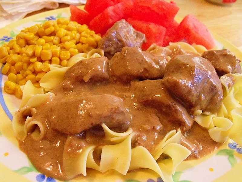 Clever Crafty Cookin Mama Easy Crockpot Beef Stroganoff