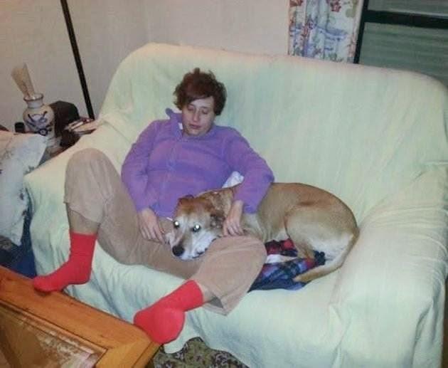 Ebola: Spanish Health Officials Obtain Order to Kill Ebola Nurse's Dog