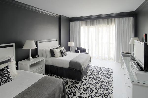 Hogar decora decorar en blancos y negros decorating in - Camere da letto bianche e nere ...