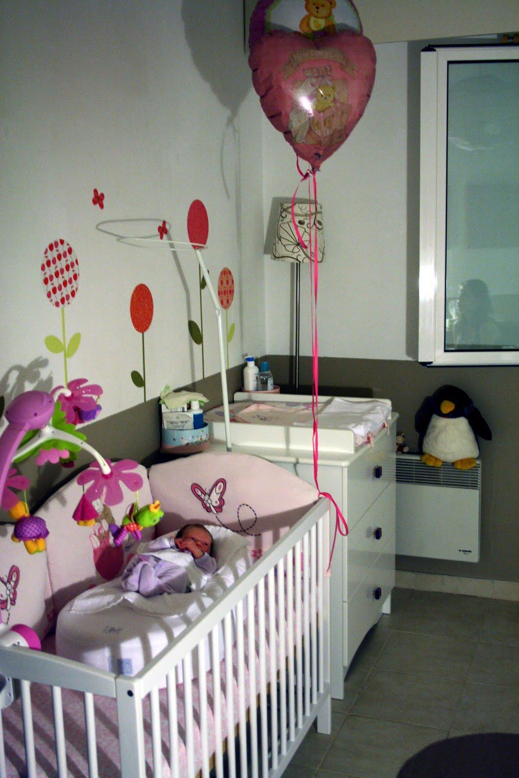 d co chambre d 39 enfants 2 chez louise et caetara. Black Bedroom Furniture Sets. Home Design Ideas