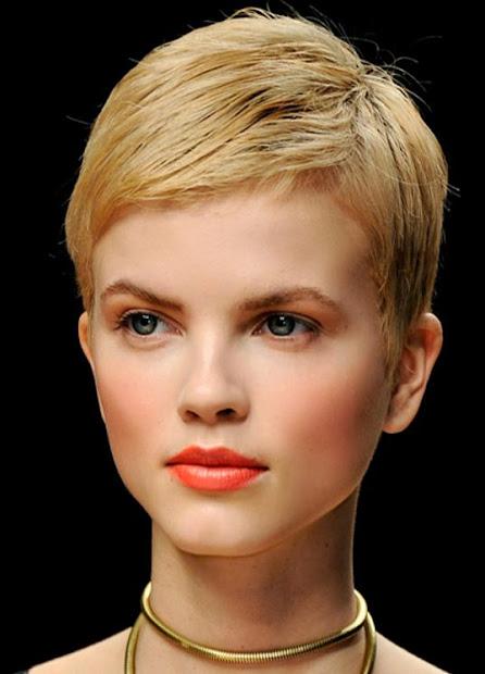 medium short haircut pixie hairstyles