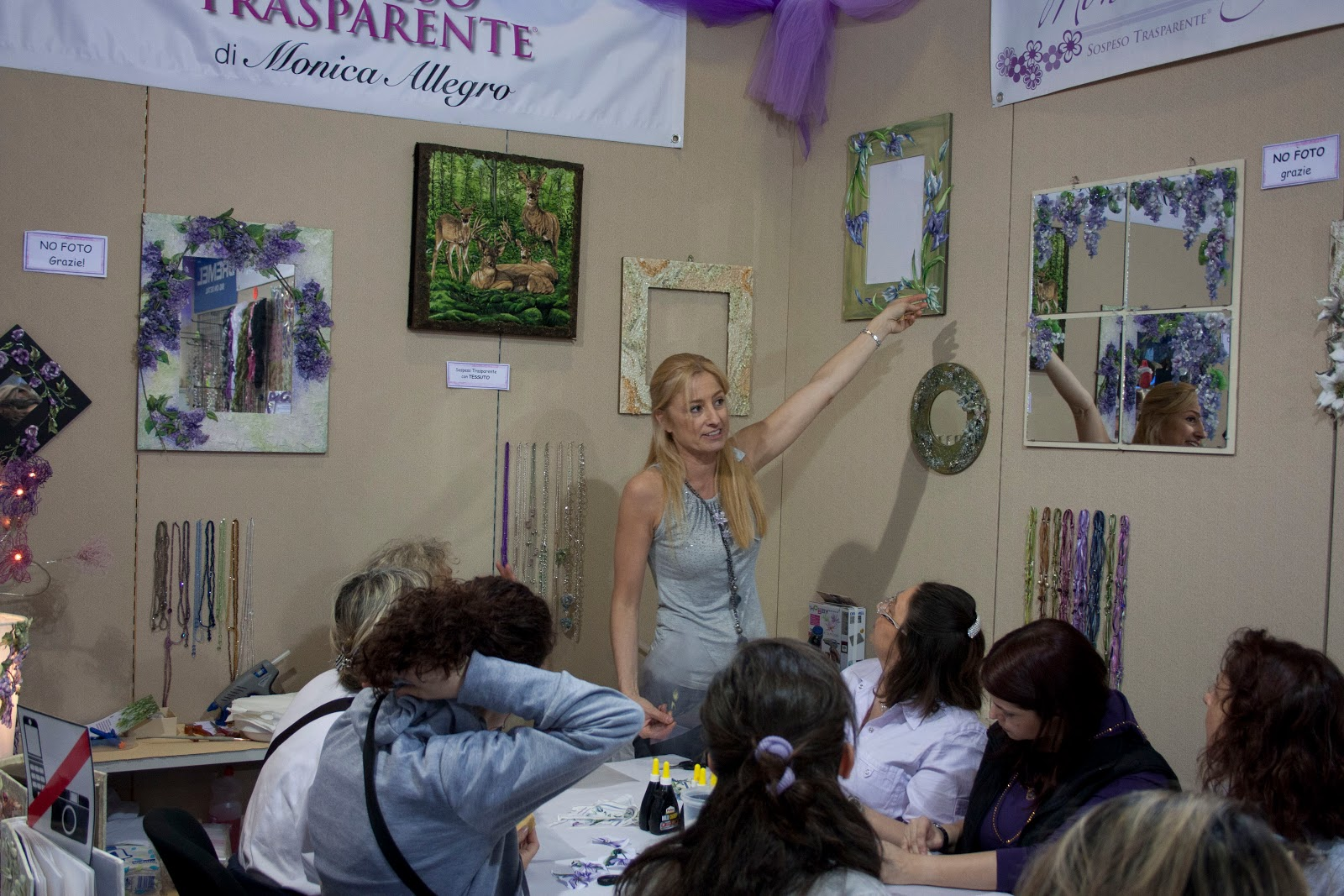 http://2.bp.blogspot.com/-5UTzLixDQOs/TaBQVDPq9EI/AAAAAAAAAGc/youQTt7SE4Y/s1600/laboratori_Monica_Allegro.jpg