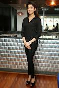 Pranitha latest dazzling photos-thumbnail-7
