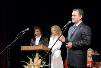 2006: Лауреатов приветствует губернатор Винниччины 2005-2010 гг.