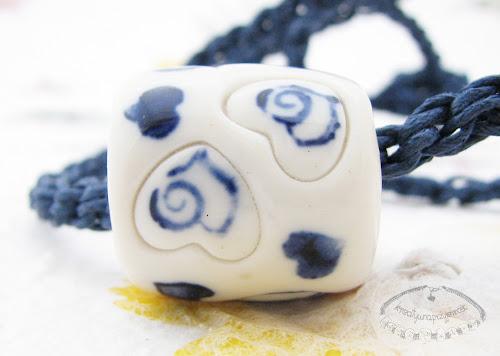 Naszyjnik z porcelanowym koralem 3