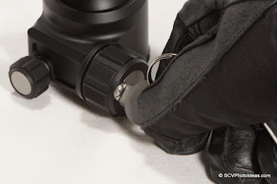 Sunwayfoto XB-44 Ballhead Friction control by F-Tool in thick glove closeup