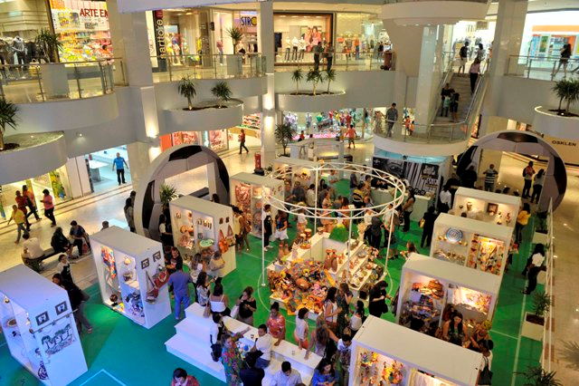 Aparador Para Ficar Atras Do Sofa ~ Brasil Original expõe artesanato no Shopping Barra ~ SALVADOR POR STEFANO DIAZ