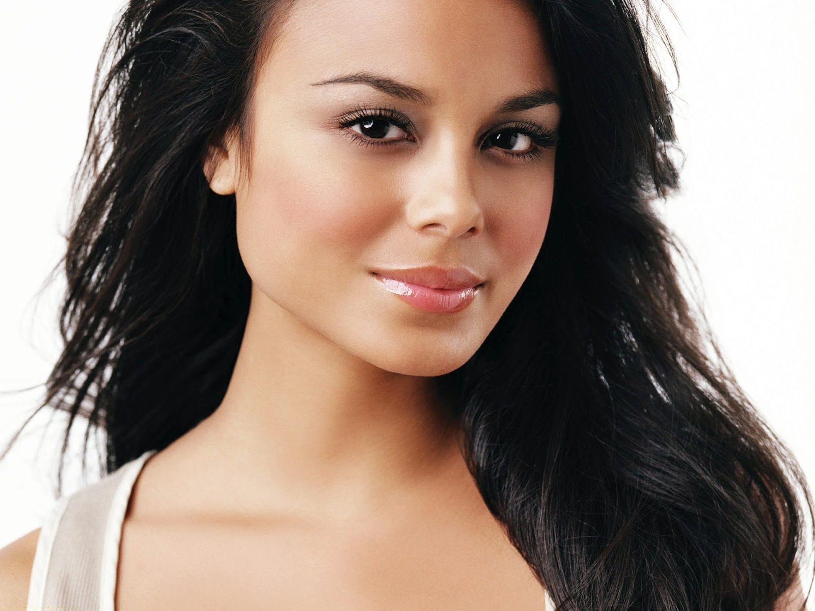 Nathalie Kelley Hd Wallpapers Free Download
