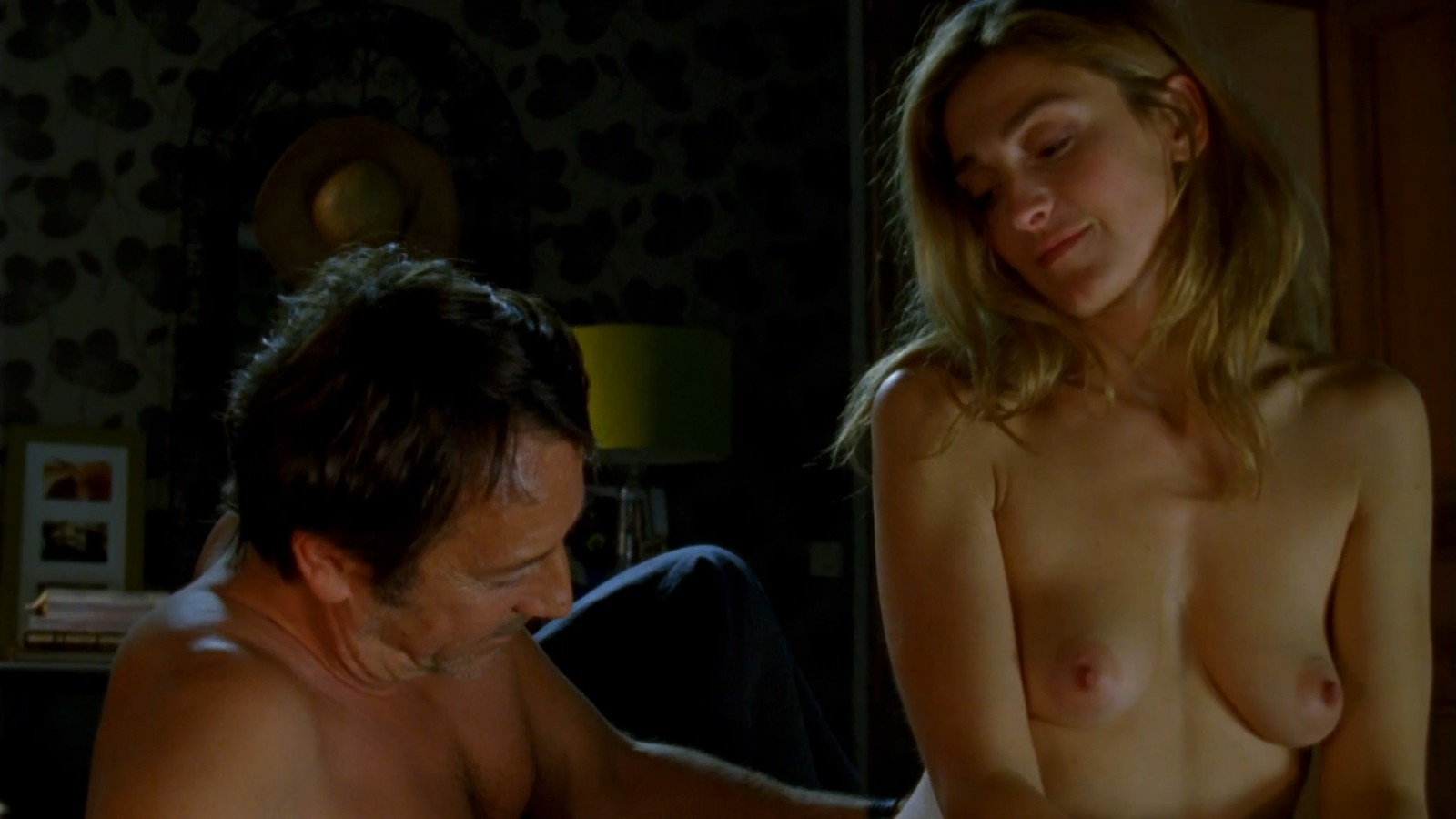 Julie Gayet Hot Scenes From Amoureuse P