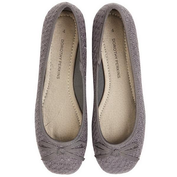 Beautiful 2013 New Arrivals Cutout Brand Flat Sandals For Women Summer Shoes