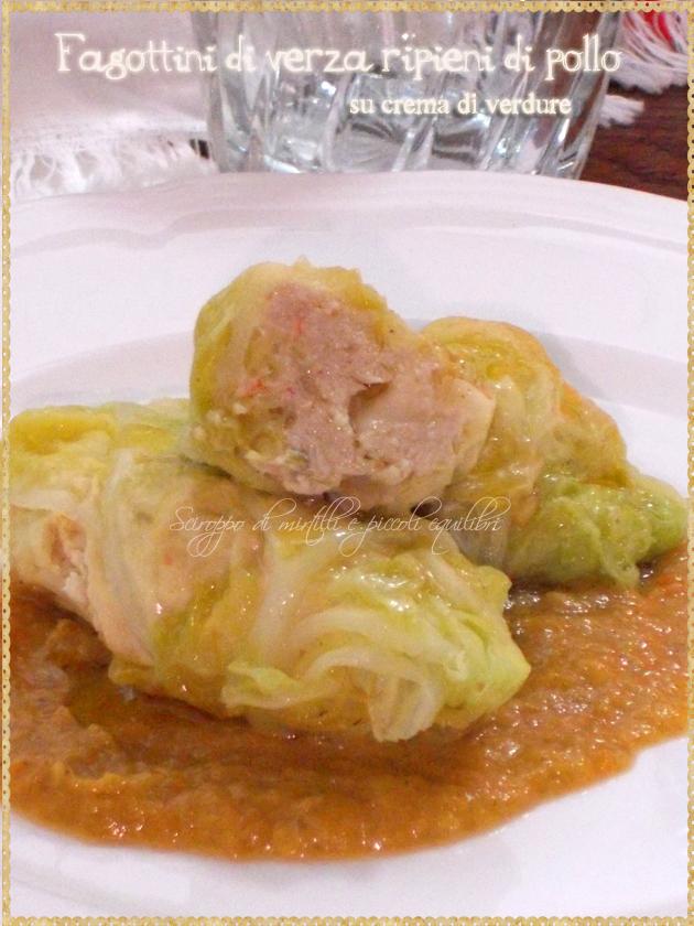 Fagottini di verza ripieni di pollo su crema di verdure