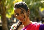 Sruthi Varma glamorous photos-thumbnail-4