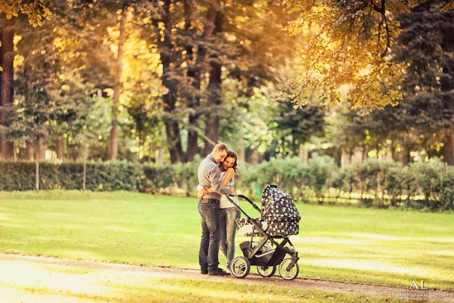 фотосессия мама с папой с коляской