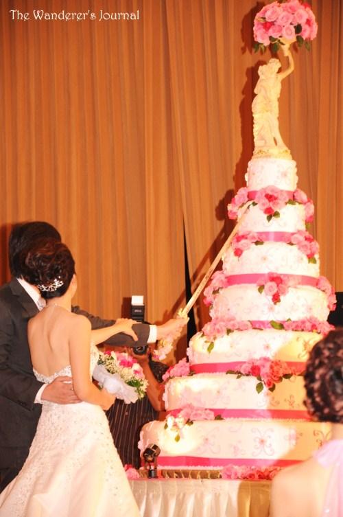 Wedding Cake Cutting Songs 74 Perfect Wedding Cake Cutting Ceremony