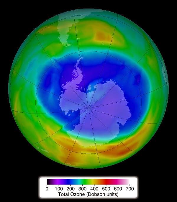 lapisan ozon Antartika