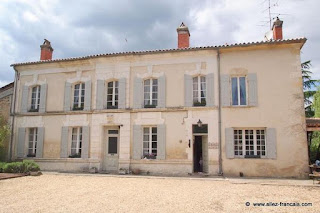 http://www.allez-francais.com/property/D8065