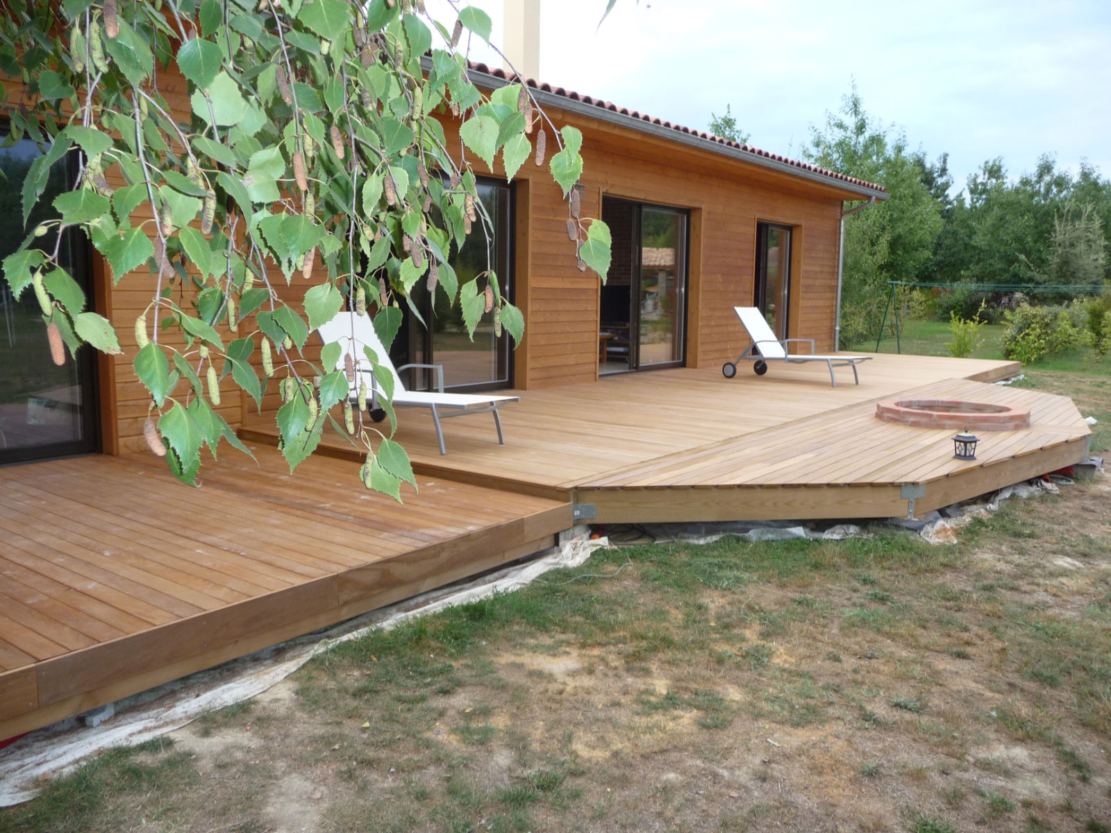 Construction d 39 une terrasse en bois - Photo de terrasse en bois ...