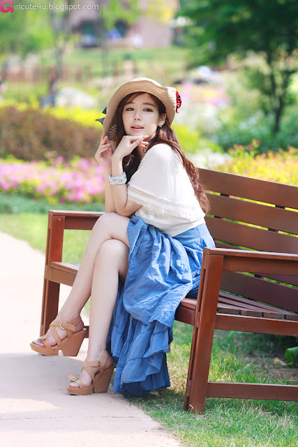 2 Jo Sang Hi - Beautiful Outdoor-very cute asian girl-girlcute4u.blogspot.com